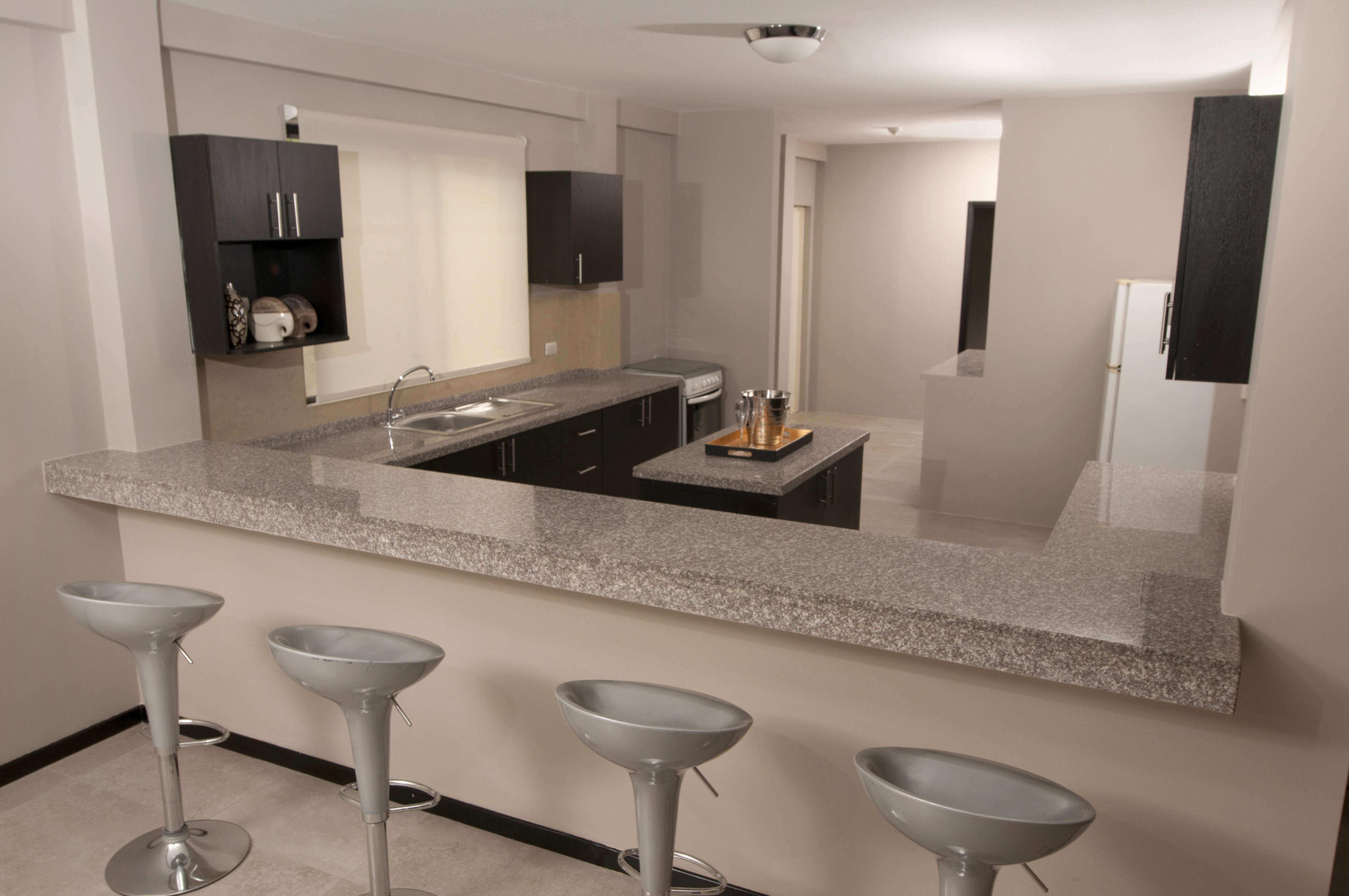 Villa club presenta nuevos acabados villa club venta for Modelos de pisos de cocina