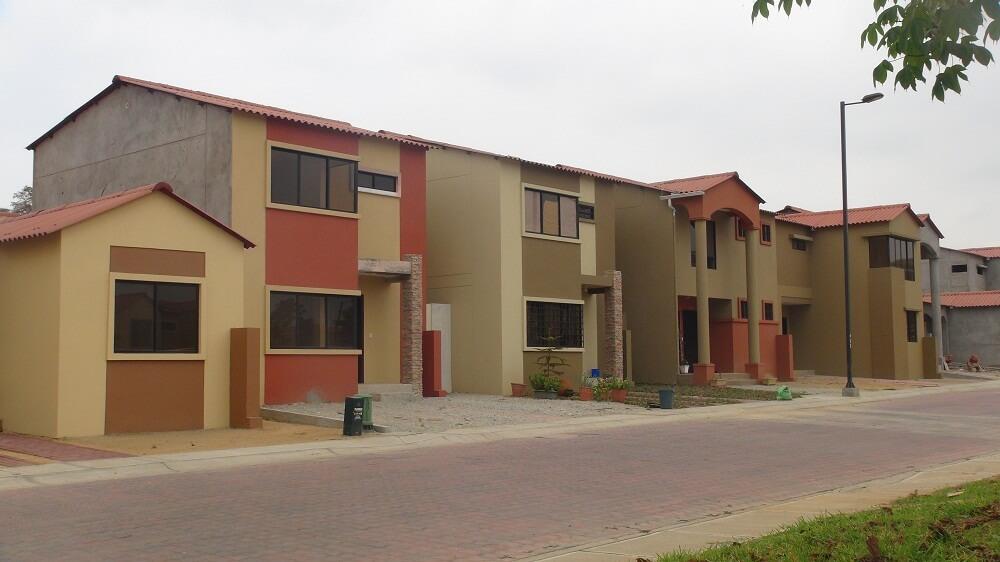 Casas De Villa Club