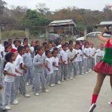 Villa Club realiza fiesta navideña en la Escuela del Recinto Sabanilla